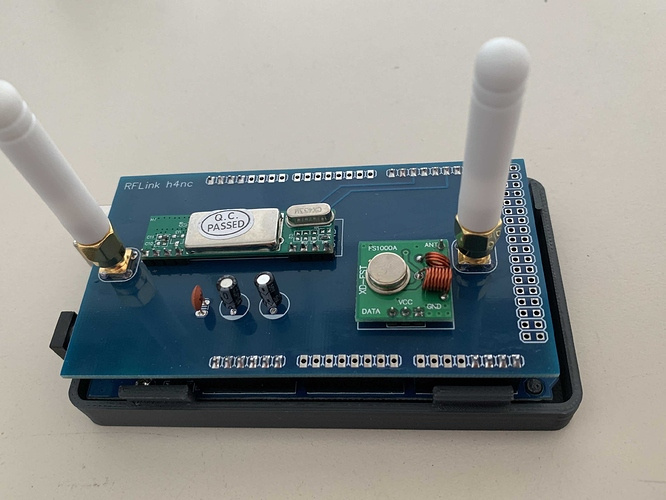 Ready2use zigbee2mqtt stick with antenna and case - Home